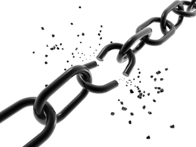 A broken chain link, showing the value of going independent as an insurance agent with SIMG insurance.